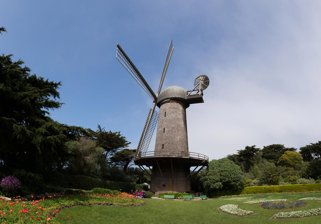 windmillpano.jpg